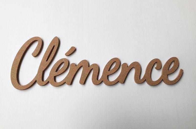 Prénom bois en relief pour Clémence