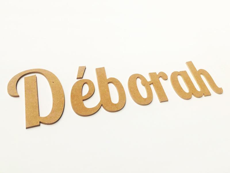 Lettre à découper bois pour le prénom Déborah